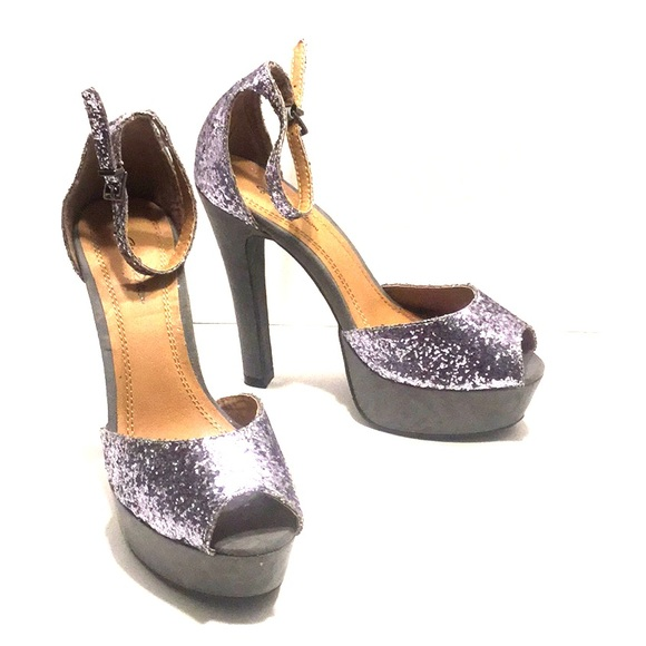genE.Ration Shoes - Glitter Platform Sandals